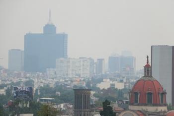 Ante niveles altos de contaminación en Valle de México, SEP recomienda suspender el recreo