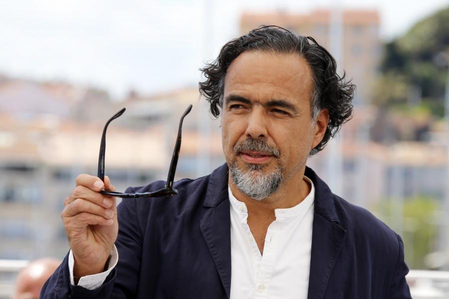 Aboga González Iñáritu por coexistencia de formatos de cine