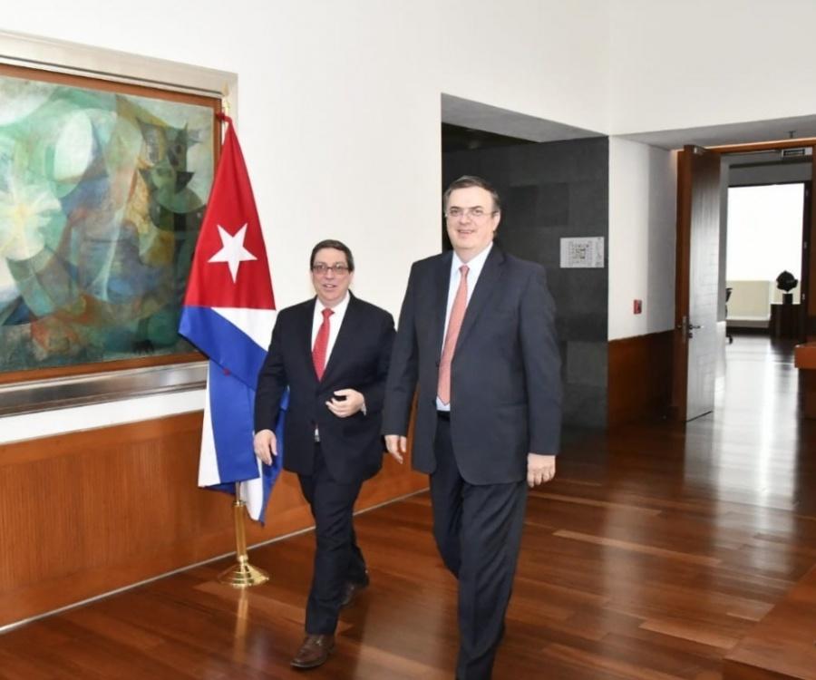 Ebrard se reúne con canciller cubano