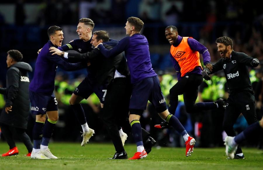 El Leeds de Bielsa, cae ante el Derby County y se queda sin ascenso