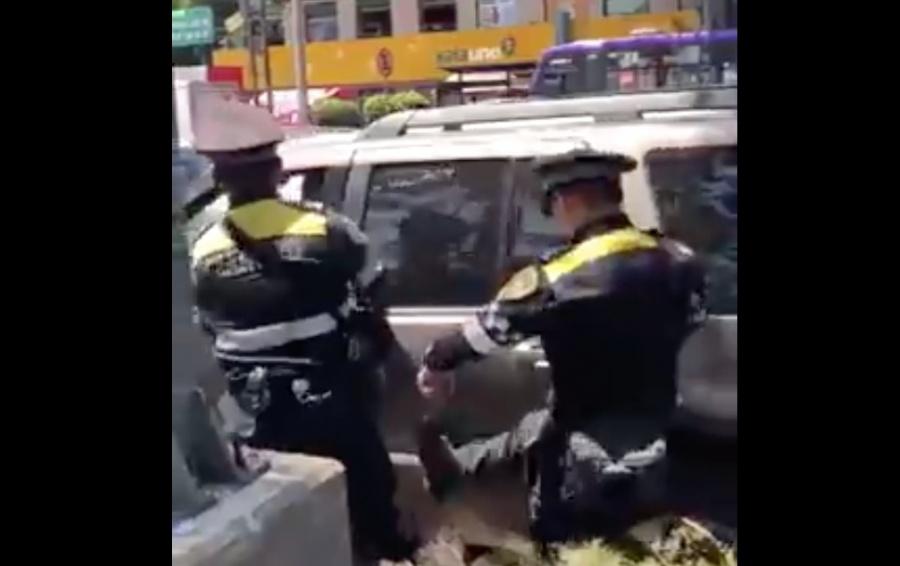 Investigan a policías por pelea con automovilistas en Buenavista