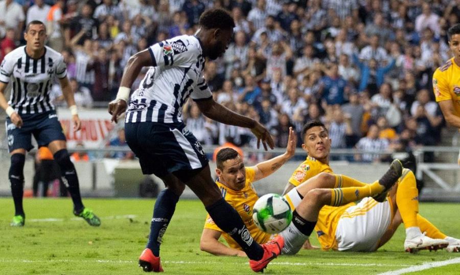 Monterrey se lleva la ventaja en semifinal ante Tigres