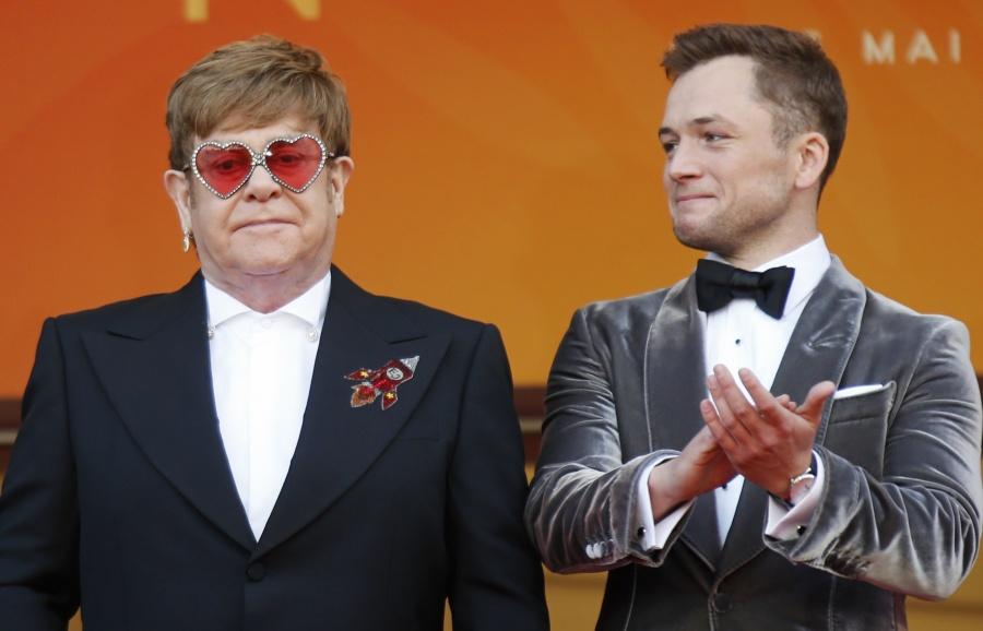"""Llega Elton John a Cannes para presentar """"Rocketman"""""""