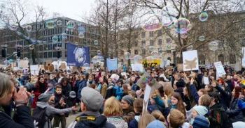 Movimiento estudiantil convoca a huelga internacional por la emergencia climática