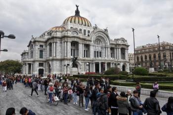 Niega INBAL haber autorizado homenaje a líder religioso en Bellas Artes