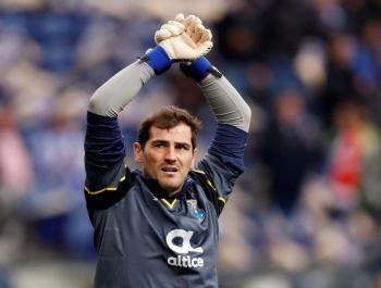 Desmiente Iker Casillas rumores sobre su retiro