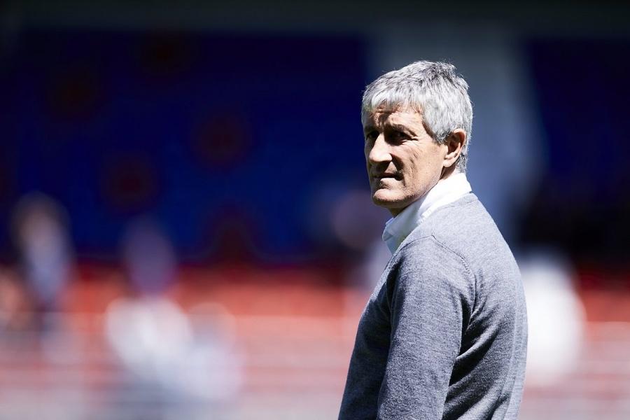 Guardado y Lainez se quedan sin entrenador; Quique Setién deja el Betis