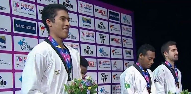 Medalla de plata para México en el mundial de taekwondo de Manchester