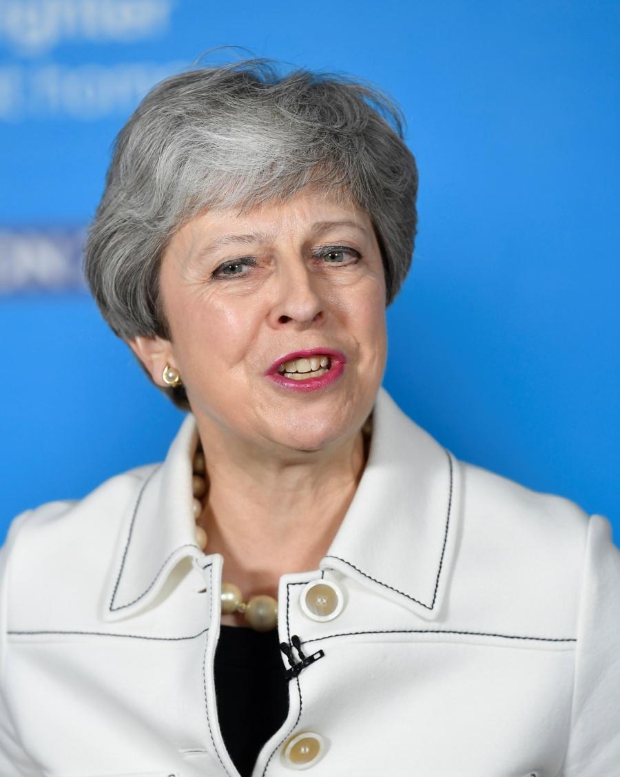 Premier británica planea