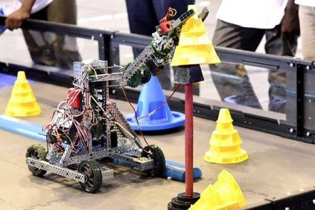 Niños mexicanos se alistan para torneo de robótica en China