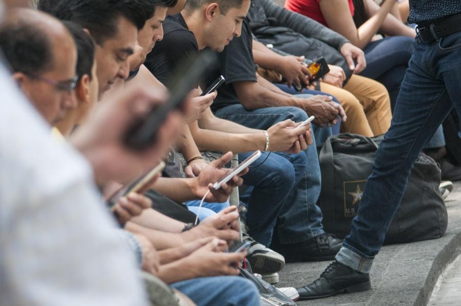 Revisa Profeco fallas en red de Telcel tras reporte de usuarios