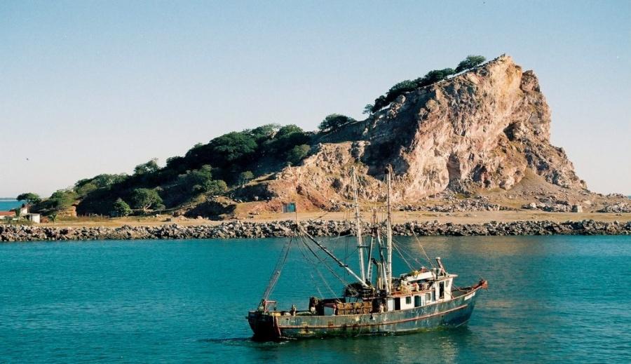 Marina realiza investigación oceanográfica en zonas costeras de México