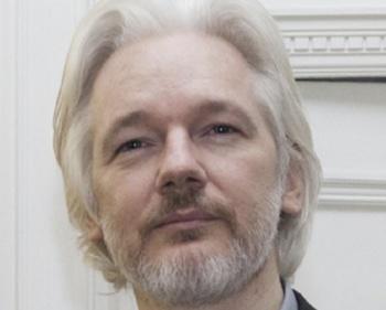Suecia pide arrestar al padre de Wikileaks