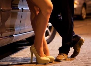 Organización pro mujer interpondrá amparo contra nueva Ley por criminalizar sexo servicio