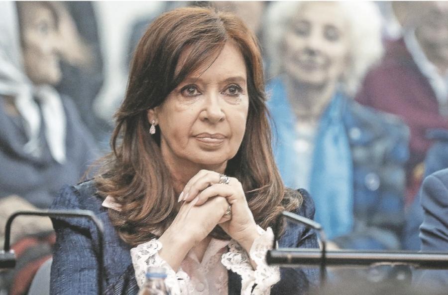 Kirchner enfrenta Juicio por lavado y corrupción