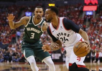 Los Raptors arrollan a Bucks e igualan la serie en la final del Este