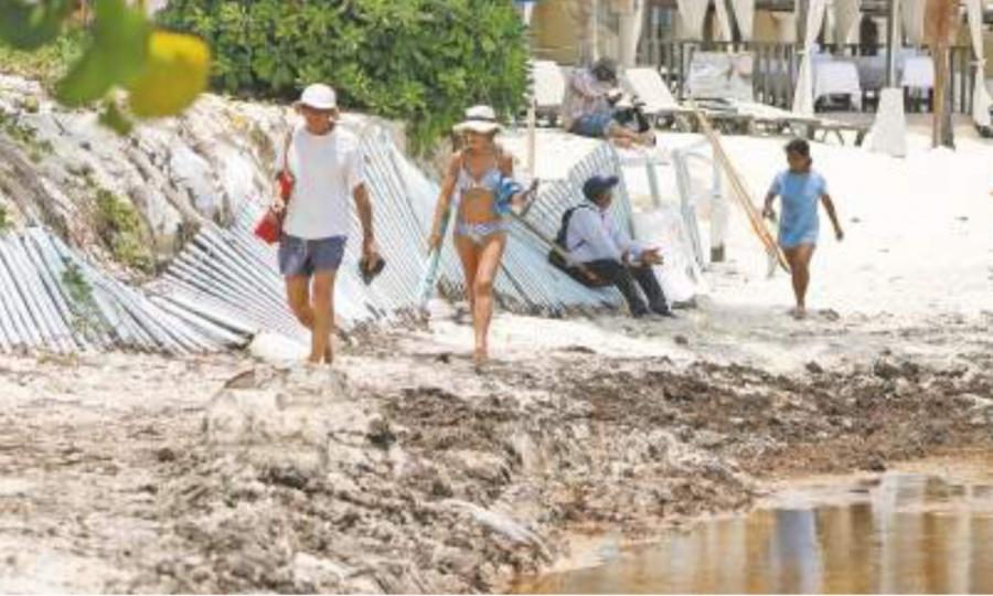 Rusia reduce vuelos a Cancún por el sargazo