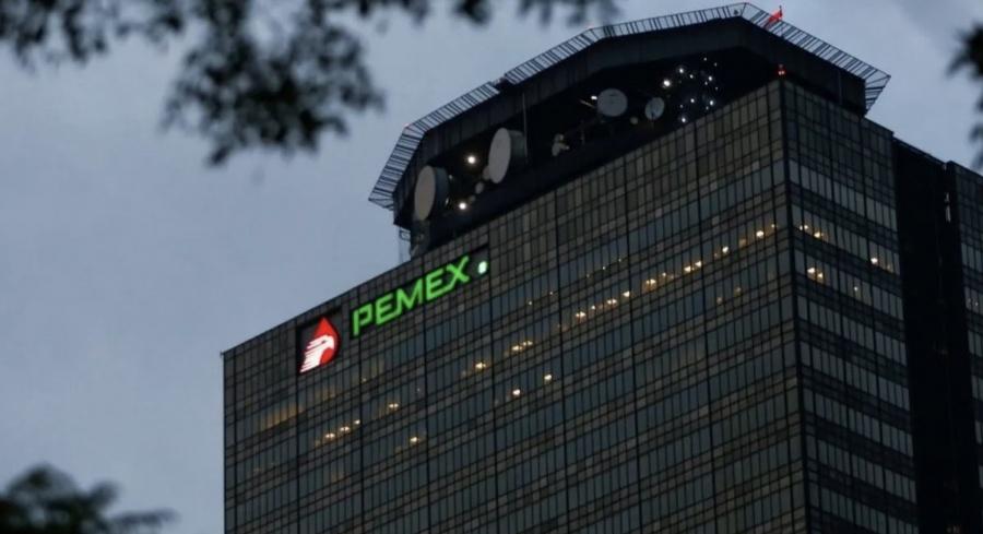 Sancionan a exfuncionarios Pemex