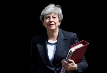 Theresa May anunciaría su renuncia mañana: The Times