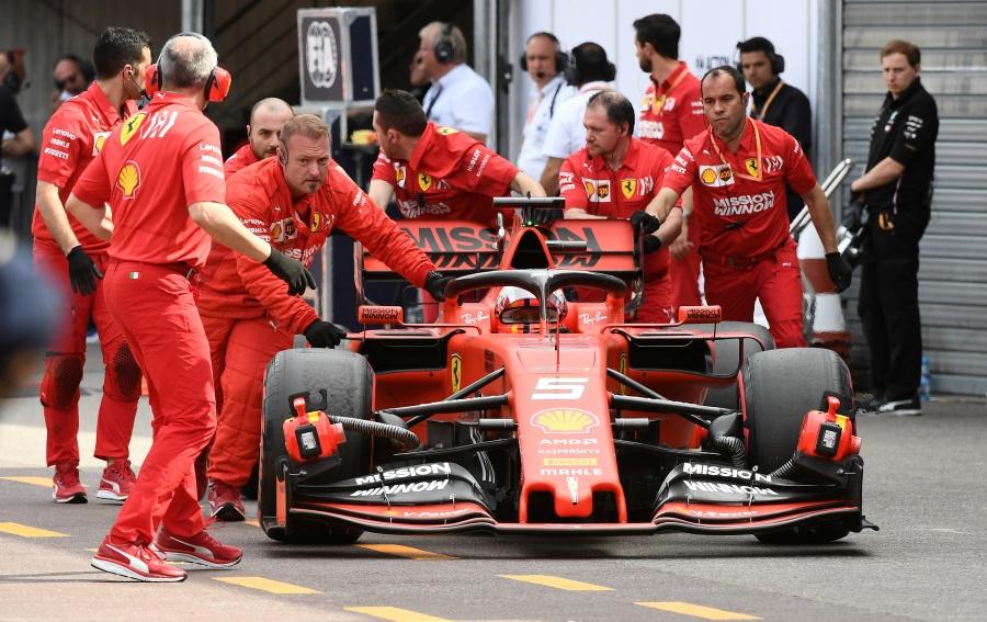 Vettel se impacta contra muro previo al GP de Mónaco