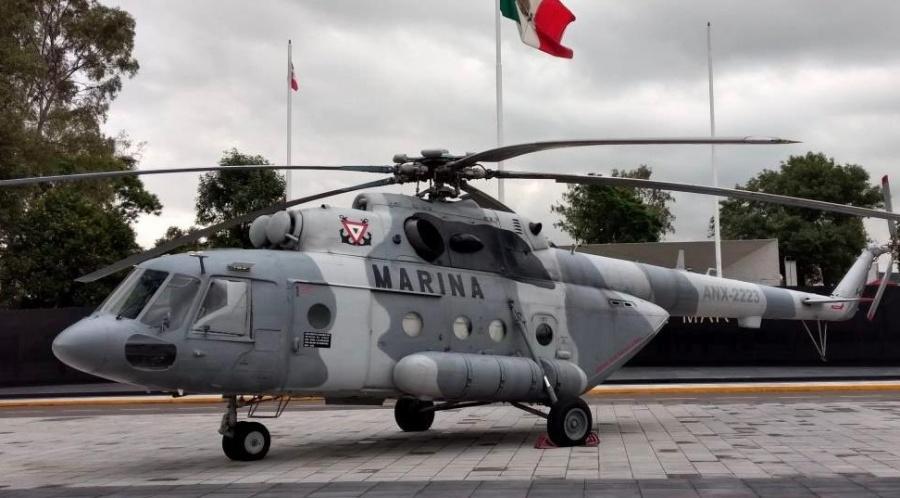 Encuentran restos de tripulantes de helicóptero de la Marina