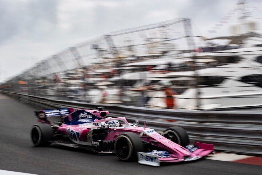 Checo Pérez a punto de la desgracia en GP de Mónaco