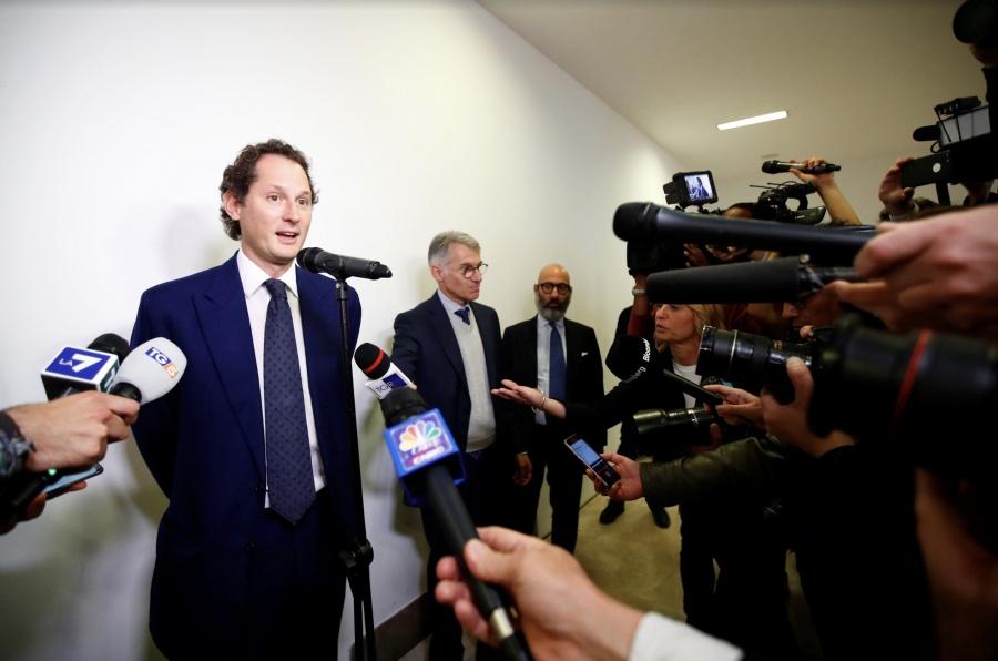 Fiat Chrysler busca fusión con Renault por 35 mmdd