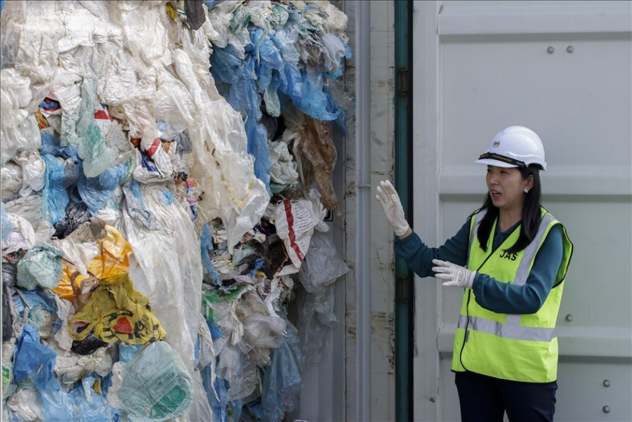 Malasia devuelve la basura del mundo