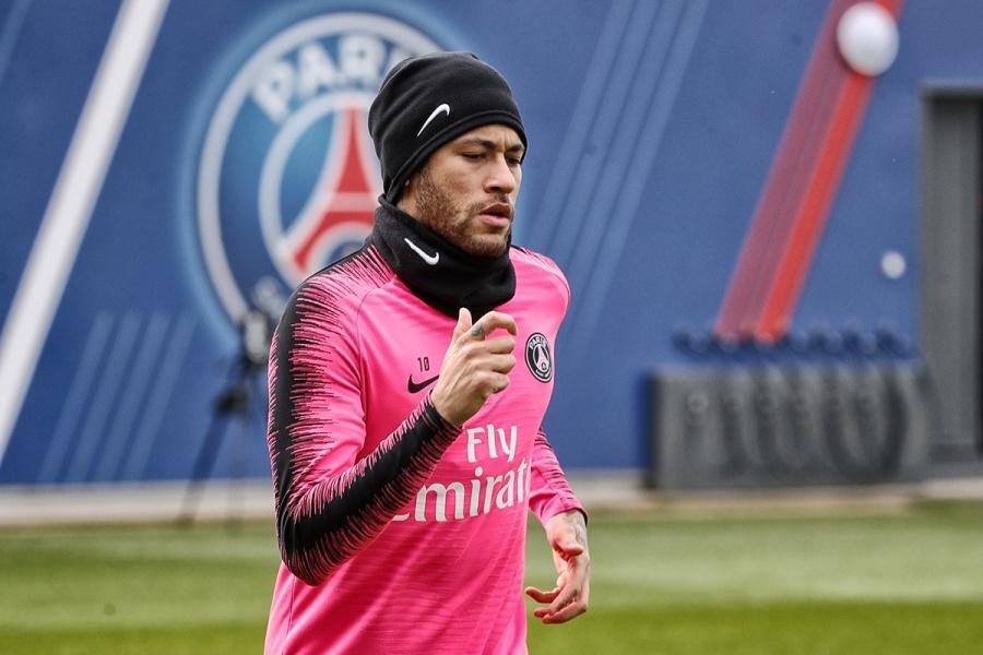 Acusan de violación a Neymar