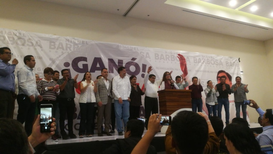 Miguel Barbosa se declara ganador de las elecciones en Puebla