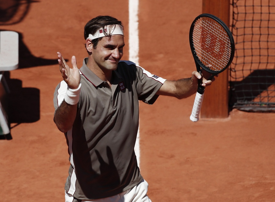 Sin problemas, Federer avanza a cuartos de final de Roland Garros