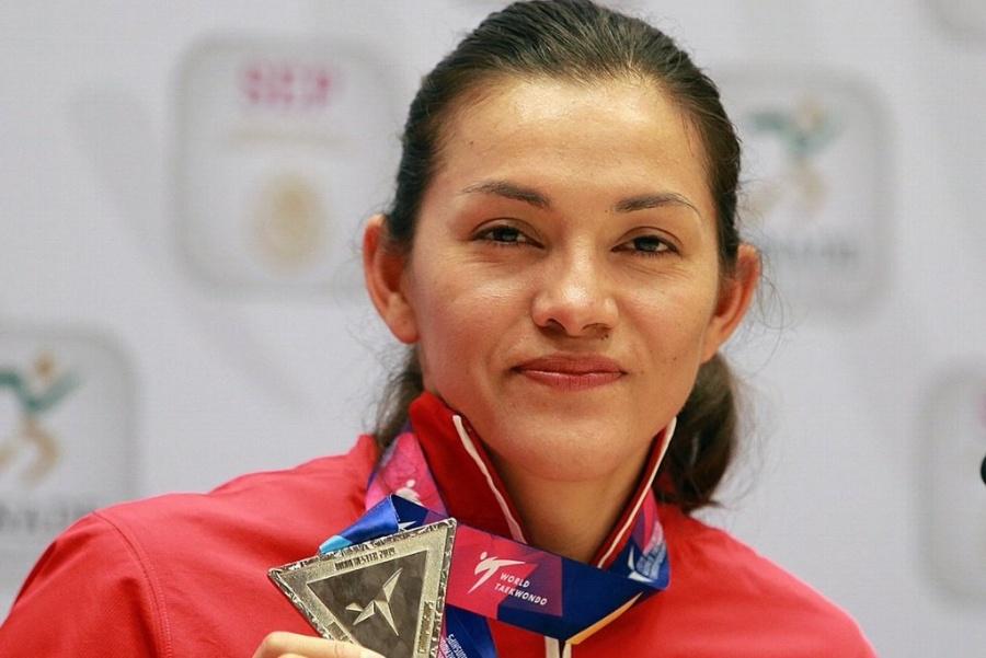 María Espinoza lidera equipo a Grand Prix