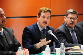 Romero Hicks hace llamado a Congresos locales para aprobar reformas en materia de paridad para hacer declaratoria Constitucional