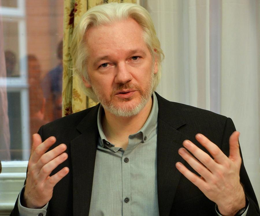 Suecia rechaza ordenar arresto de Assange por violación