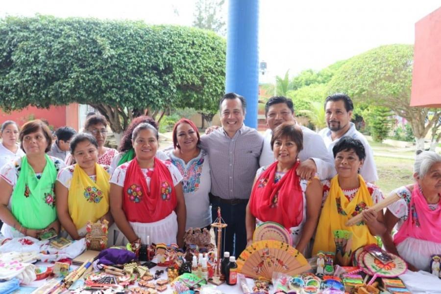 Firman en Veracruz convenio para impulsar la economía social