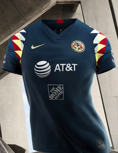 América presenta su segundo uniforme para el Apertura 2019