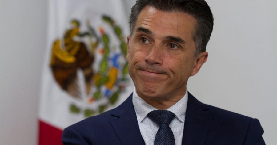 Se deslinda Sergio Mayer de algún vínculo con Naasón Joaquín García