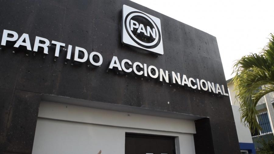 Panistas urgen a publicar Reforma de desalojos