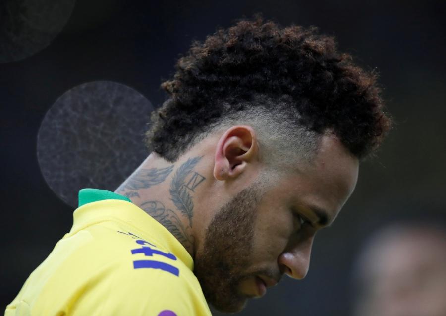Mastercard cancela campaña publicitaria por acusaciones contra Neymar