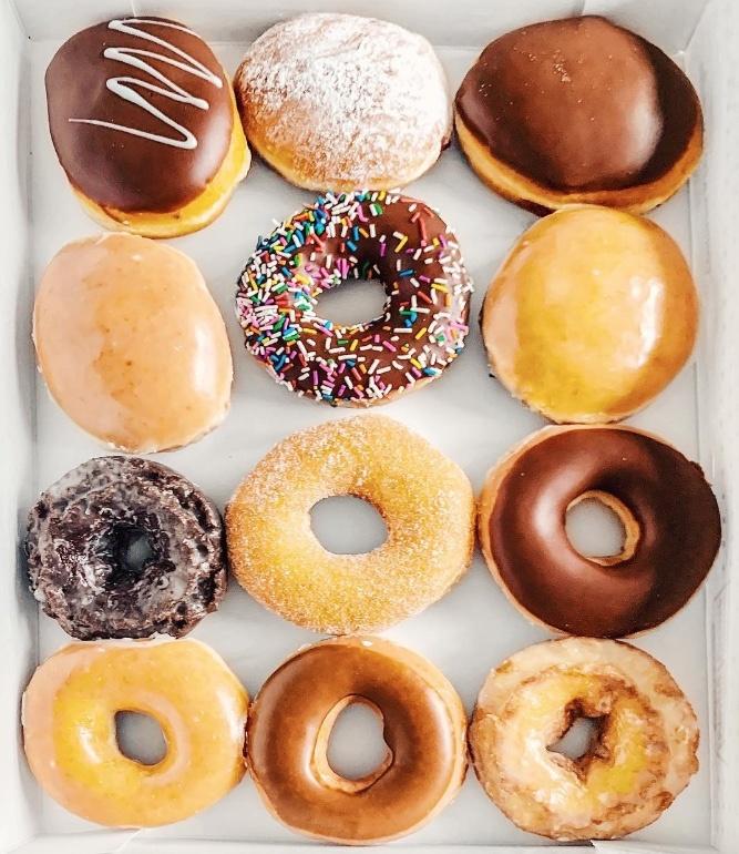 Krispy Kreme y Uber Eats lanzan concurso para ganar donas gratis por un año