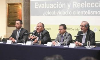 Analizan reelección de alcaldes y legisladores