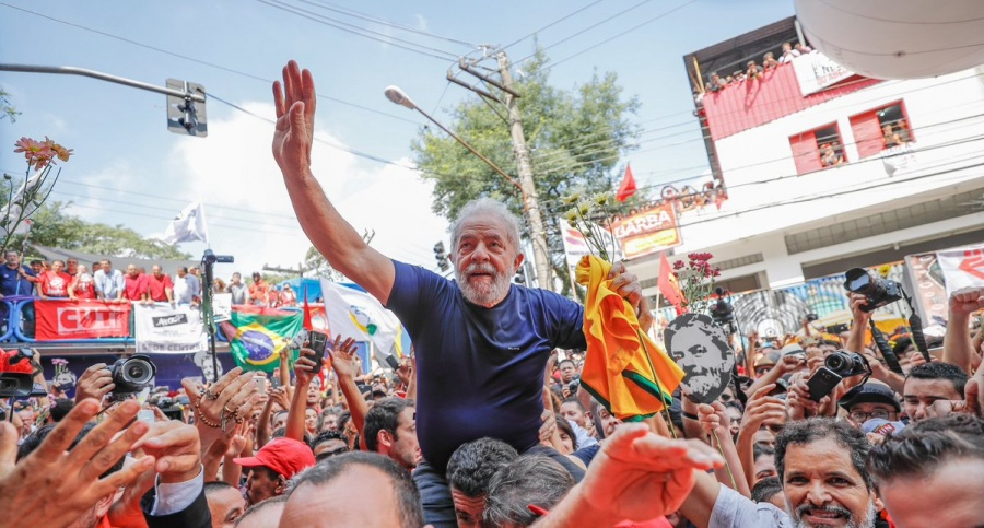 Fiscales y jueces se coordinan para encarcelar a Lula da Silva en Brasil