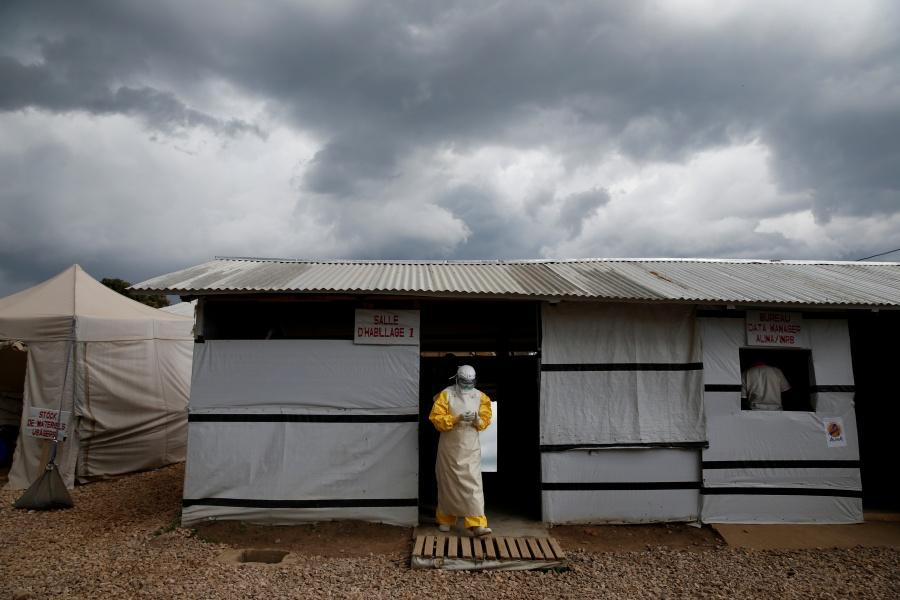 """Reportan primer caso de ébola en Uganda; podrían declarar """"emergencia mundial"""""""