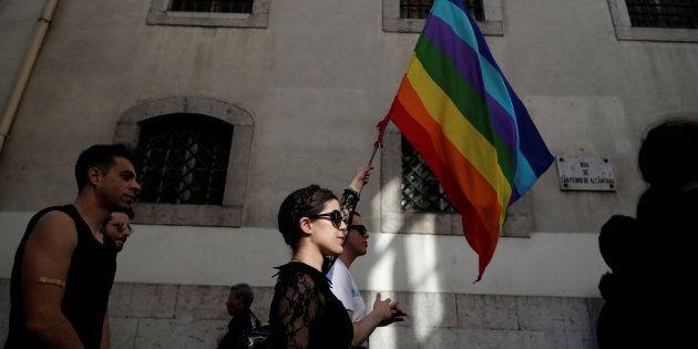 Alemania busca prohibir 'terapias de conversión' para homosexuales