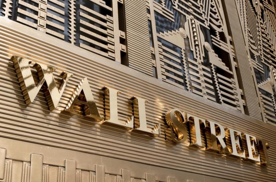Wall Street gana tras acuerdo entre EU y México