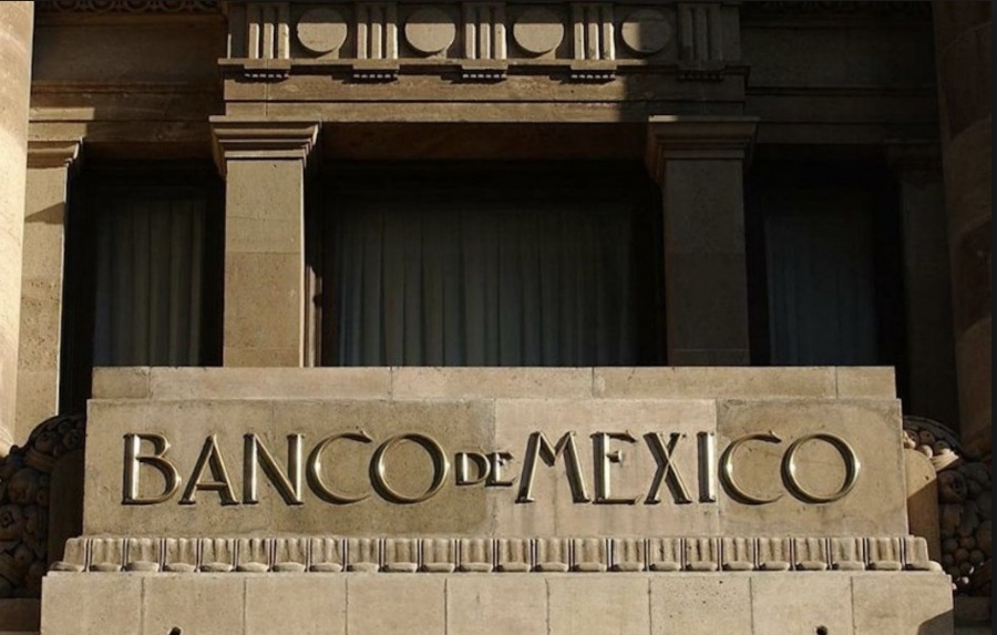 Urge Banxico reforzar calificación de Pemex