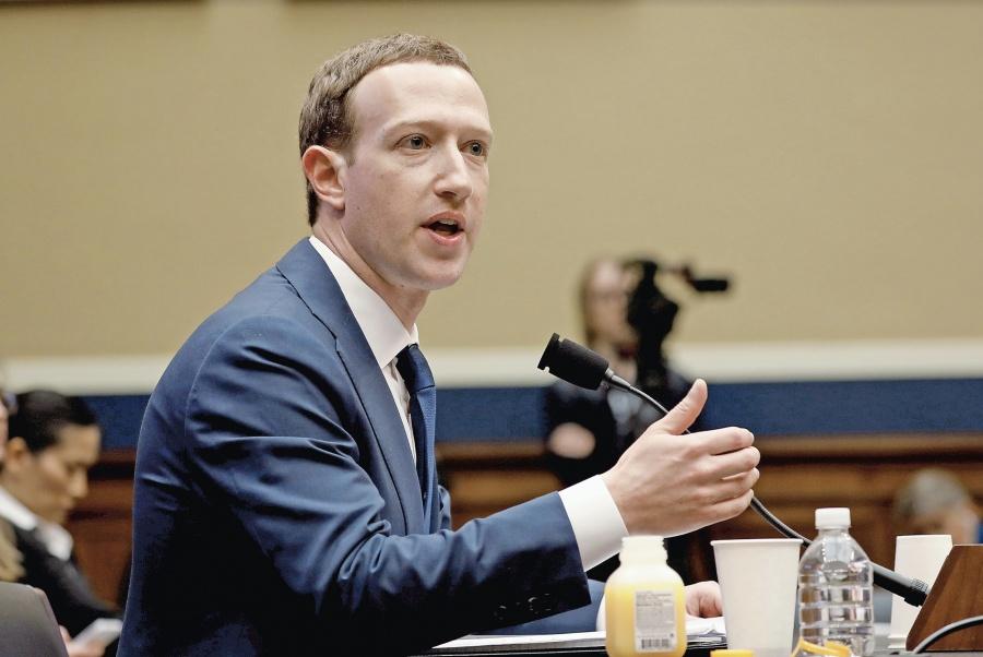 Fundador de Facebook sabía de violación a la privacidad