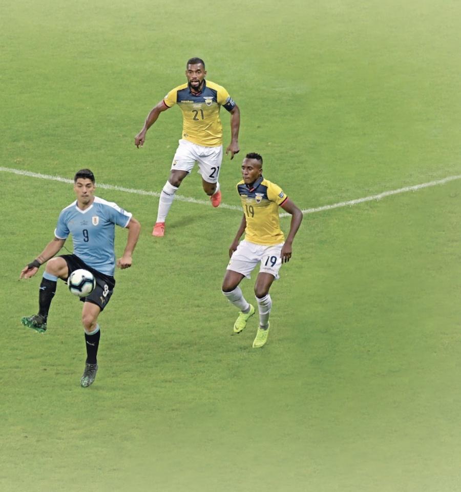 Uruguay aplasta a Ecuador con mayor goliza desde hace 19 años