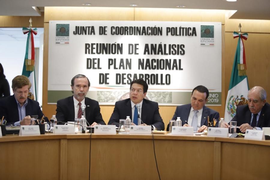 Piden a diputados ampliar plazo para avalar PND