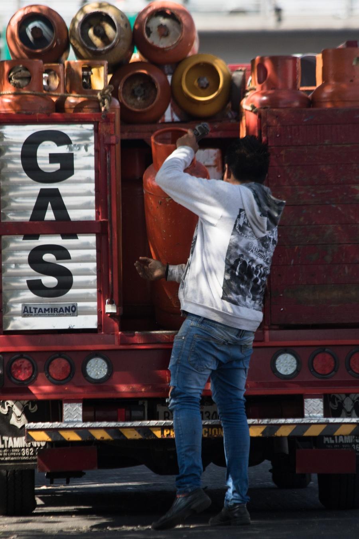 Buscan renovar cilindros de gas de manera obligatoria